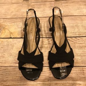 Low heeled sandals in 6 1/2 Ellen Tracy